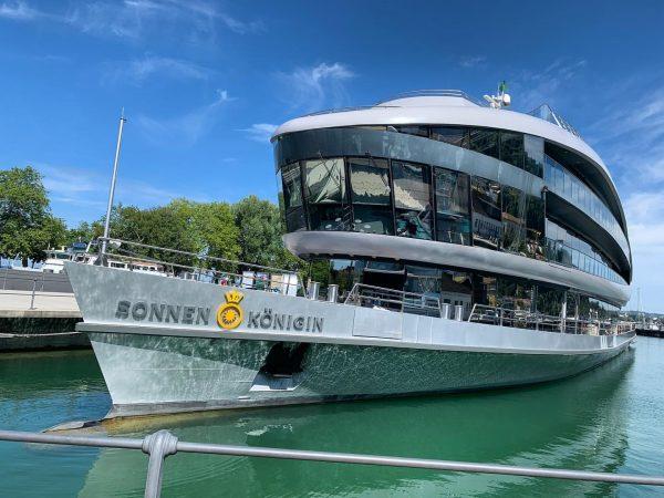 Die Sonnenkönigin ist ein supertolles Schiff. #bregenzhafen #bregenz #sonnenkönigin #schiff #modern #vorarlberg #austria🇦🇹 Hafen Bregenz