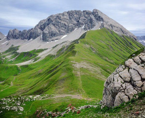 #uptothetop 🧗♂️ From #Rüfikopf we passed through the grandiose alpine geology trail #GeowegRüfikopf ...