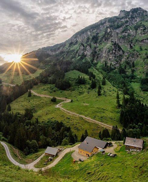 When waking up early pays off 📸 by @miss_panorama #visitbregenzerwald #bregenzerwald #vorarlberg #austria ...