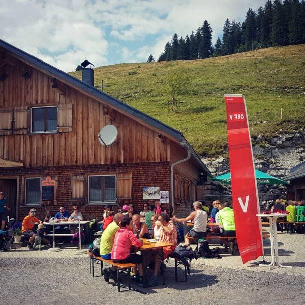 Und weiter ging die Wanderung via Schöner Mann Alpe und Schiheim Schuttannen... #weloveourmountains #stempeljagd #hüttengaudi . ....