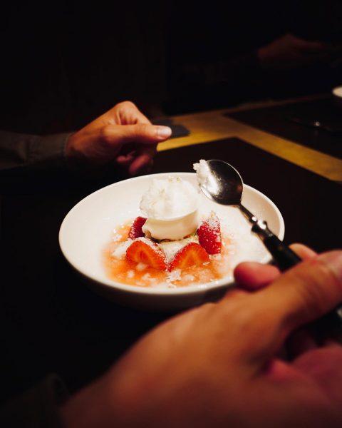 Erdbeere | Joghurt | Holunder 💥 #dessertlove #rotewandchefstable #chefstable #gourmet #foodlovers #genuss #foodies ...
