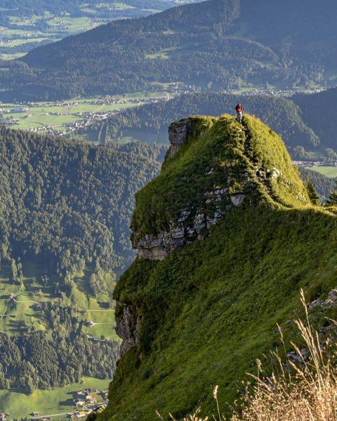 Walk on the edge #kanisfluh #morning #hikingday #mountaintop #behindthelens #adventure #travel #travelphotography #wanderlust ...