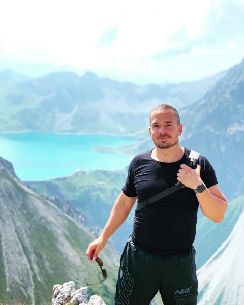 🏔🧗🏻♂️ . . . #lünersee #austria #mountains #schesaplana #vorarlberg #hiking #nature #österreich #brandnertal ...