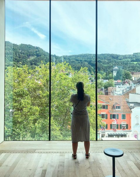 That view. #view #viewpoint #views #viewfinder #urbanview #girlsinmuseums #girlsinmuseum #museumview #museumview #arthistorian #arthistorianontour ...