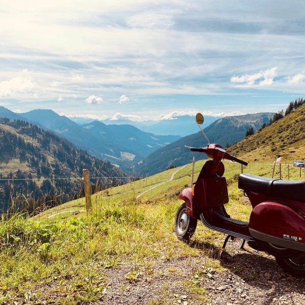 #vespa #furkajoch #bregenzerwald #feierabendfahrt Furkajoch