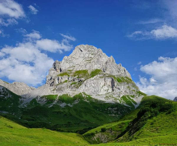 Die Roggalspitze im Lechquellengebirge! ⛰️🇦🇹 ▪️ ▪️ ▪️ #klettern #climbing #berge #bergsteigen #wandern #bike #and #climb #nordkante...
