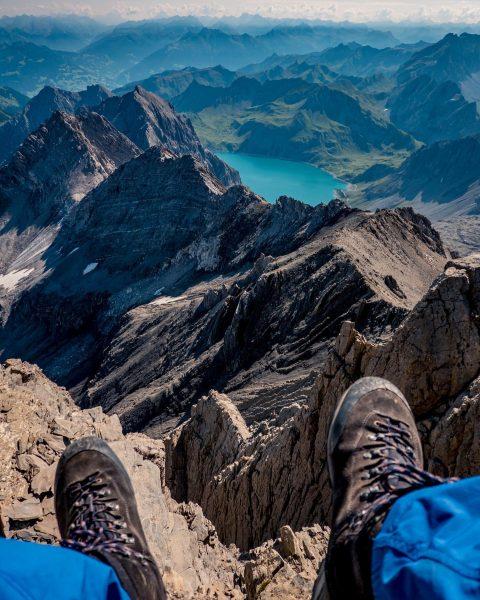 Tag 2 der Schesaplana-Tour mit @best.mountain.artists Von der Mannheimer Hütte auf den Gipfel ...