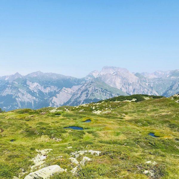 Vom Sonnenkopf über Christberg nach Dalaas #berge #mountain #vorarlberg #visitvorarlberg #andreawandert #wunderbarebergwelt Skigebiet ...