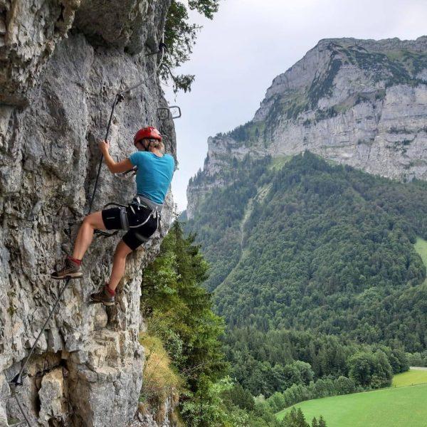 Wem #Wellness zu anstrengend ist, kann bei uns auch einfach entspannt #klettern... 😉 ...