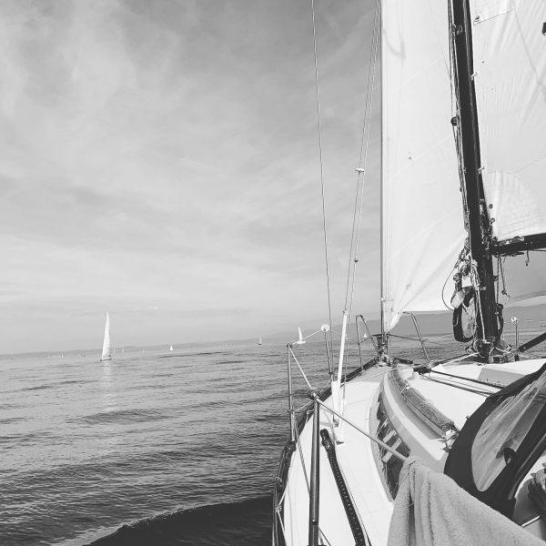Heading to Bregenz #bodensee #lakeofconstance #sailing #sailinglife #ithakasail