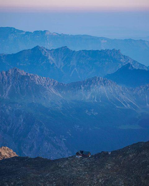 Vorarlberg ❤️ . . . #montafon #mountains #rätikon #brandnertal #sunrise #austria #austrianalps #nature ...