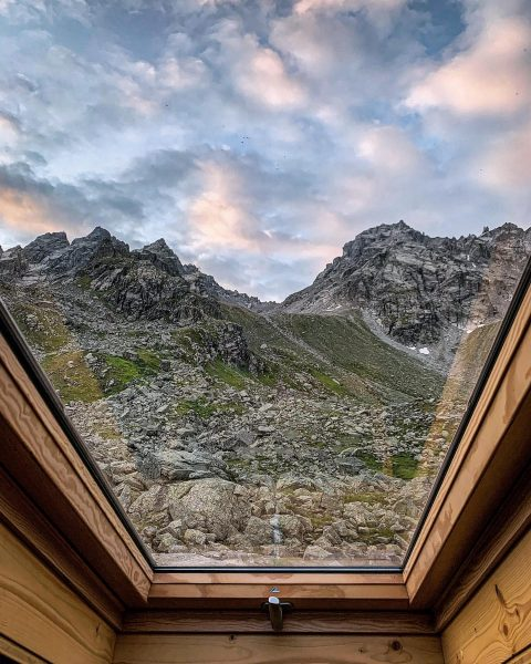 Waking up to this view - priceless💯• #austria #österreich #vorarlberg #planetearth #neverstopexploring #naturephotography ...