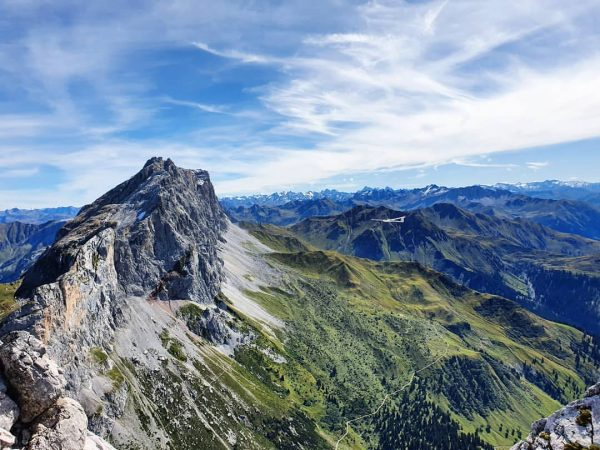 😍👌 #views #ausblick #meinmontafon #meintraumtag #rätikon #mountains #sunnydays #bergpic #bergwelten #visitvorarlberg #weekendadventures #kraxln ...