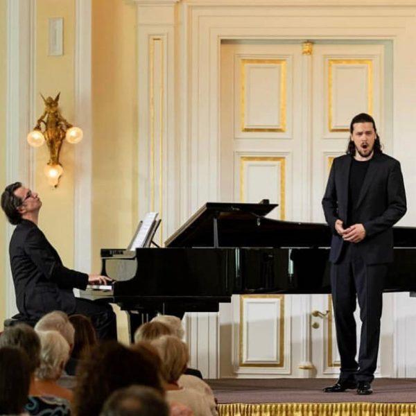 Recital-Impressions Merano (I) 31.8.2019 Andrè Schuen . . . #andreschuen #danielheide #danielheidepiano #liederabend ...