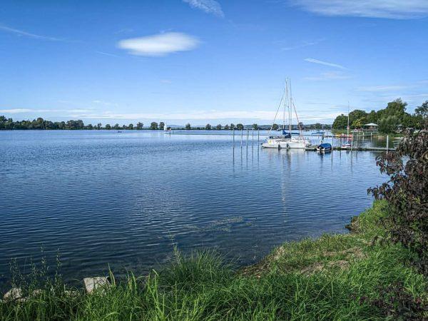 Hard, Bodensee | #hard #vorarlberg #laendle #lakeconstanze #see #fall #herbst #boat #enjoy #sun ...