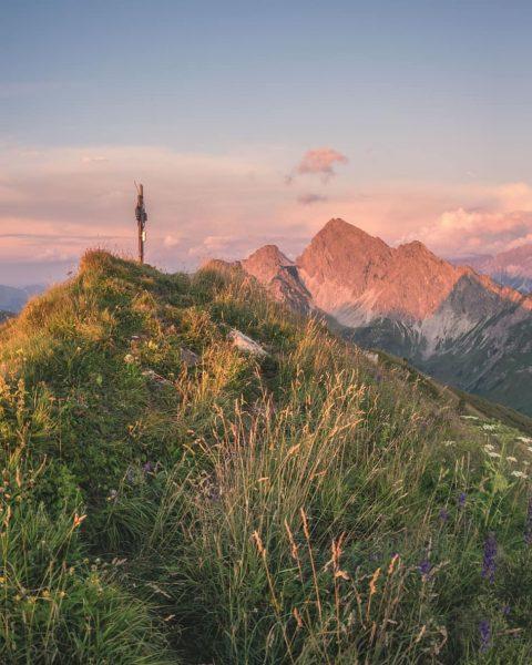 View into the Lechquellen mountains ⛰️☀️ . . . #zafernhorn #faschina #großeswalsertal #cross ...