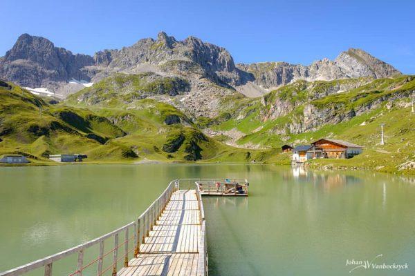 Onto the water #hiking #mountains #landscape #visitvorarlberg @visitvorarlberg #visitzürs #visitlech #visitaustria #enjoyaustria #fujifilm #fujifilmeu #fujifilmbelgium #fujifilm_global #fujifilmxseries...