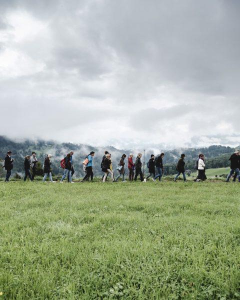 Bei den Rundgängen ging es rund. Foto: Ian Ehm // friendship.is #whatthefaq #faqbregenzerwald ...