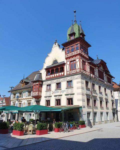 #dornbirn #dornbirncity #meindornbirn #zentrum #visitdornbirn #marktplatz #marktplatzdornbirn #roteshaus #roteshausdornbirn #stadtarchiv #stadtmuseum #pfarrestmartin #vorarlberg ...