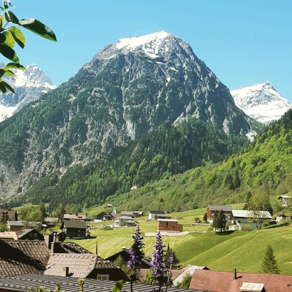 Ein herrlicher Tag in den Bergen! 😊 #Brand #Brandnertal #weekend #bluesky #sunnyday #relax ...