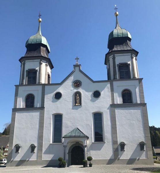 Immer ein Besuch wert - Bildstein. Besonders natürlich jetzt im Frühling 🌞 #wahlfahrtskirche ...