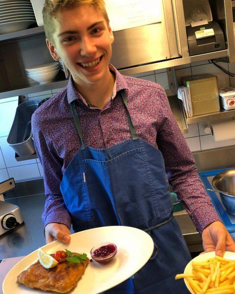 #glücklichermoment #kochausbildung #dreilaenderblick_dornbirn #dornbirn #cordonbleu #meinerstescordonbleu Hotel Restaurant Dreiländerblick Dornbirn