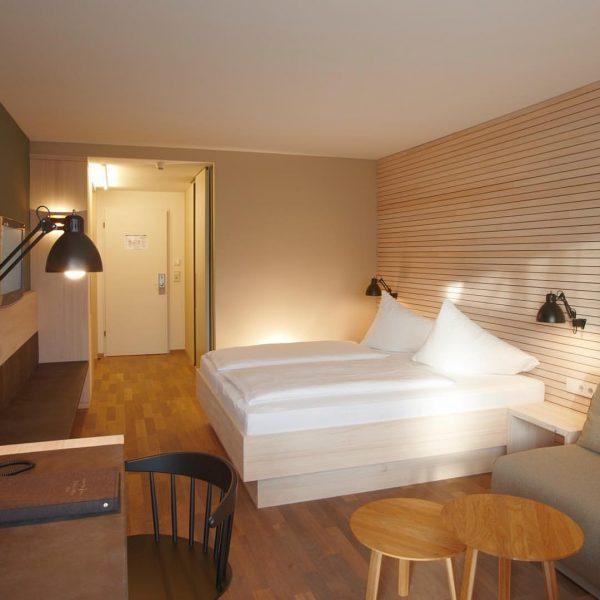 Zimmer gut, alles gut 😊 #bodenseevorarlberg #hotelweisseskreuz #visitvorarlberg #visitfeldkirch #hotels #hotel #hotelzimmer #hotelroom ...