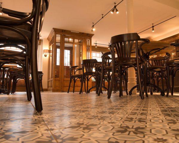 Im ehemaligen Traditionsgasthaus Tötsch in Bregenz zog die belgisch-französische Küche ein. Petrus heißt ...