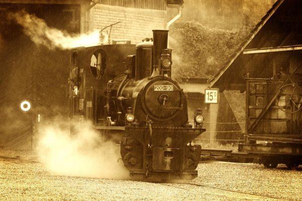 #rheinschauen #rheinbähnle #lokomotive #train #sepia #old #vehicle #steam #nostalgia #austria #vorarlberg #transportation #tschutschu ...