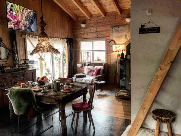 #dreamchalet 🏡❤️ #chalet_alpentraum_bludenz #chalet_in_vorarlberg #bookingcom #travelblogger #chaletgram #instachalet #travelgram #traveltips #chaletchic #chaletstyle #airbnblicious ...