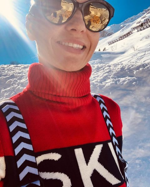 Never had such a sunny skiing holiday ever! 🤩 #mountainsun #mountainholidays #preciousmoments Hotel ...