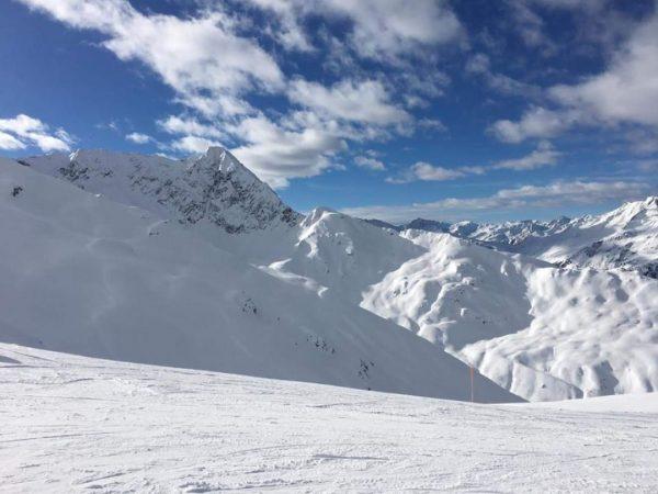 ab Morgen strahlend blauer Himmel bei 40 cm Neuschnee - genau richtig für ...