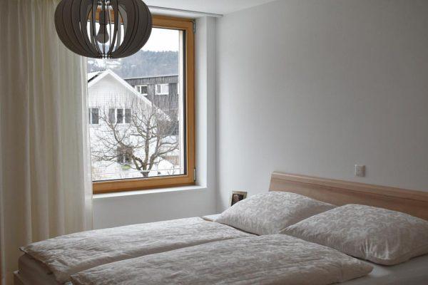 ベザウ村の朝 Berghof Bezau