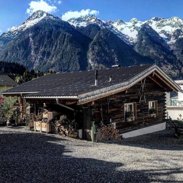 #dreamchalet 🏡❤️ #chalet_alpentraum_bludenz #tinyhousetravel #reiseblogger_at #chaletinthemountains #travelblogger #chaletgram #instachalet #travelgram #traveltips #chaletchic #chaletstyle ...