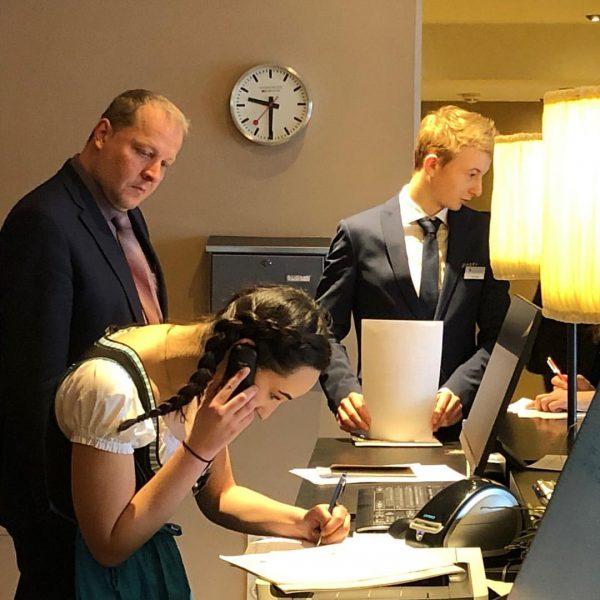 Die HLT - höhere Lehranstalt für Tourismusberufe Bludenz - hält zurzeit die praktischen ...