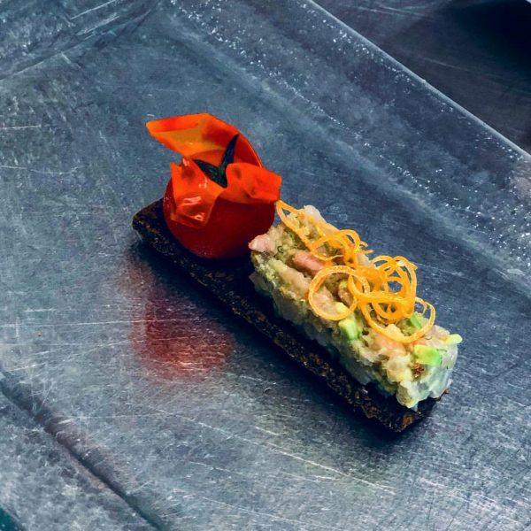 #haubenküche #chefgardemanger #lovecook #hotelmontana #oberlech #saiblingstartare #avocado #pumpernickel #cherrytomaten #zitrone ****s Hotel & ...