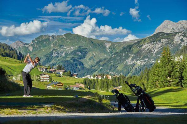 Das familiengeführte @gotthardhotellech in Lech am Arlberg ist bei Natursportlern sehr beliebt 😍. ...