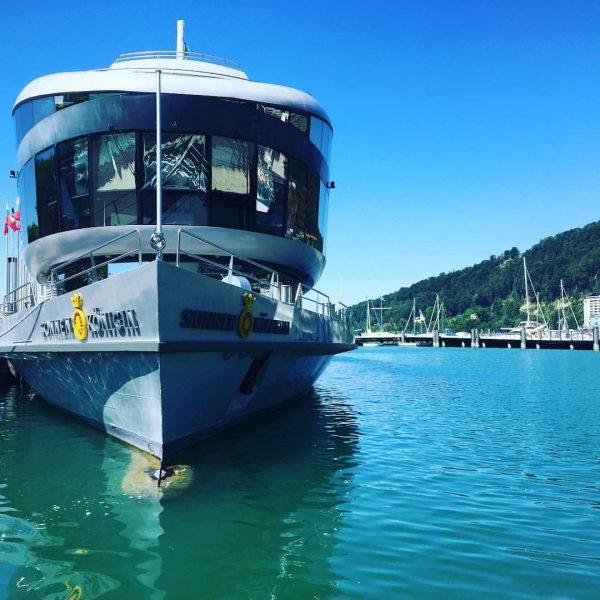 Was für tolle Farben gestern! Danke Stefanie für das Foto! #mssonnenkönigin #bodenseeschifffahrt #vlinesstories #türkiseswasser