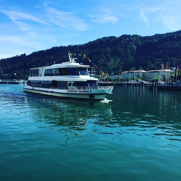 Heute 1-Stündige Rundfahrten auf dem MS Alpenstadt Bludenz! Gönn dir eine tolle Schifffahrt ...