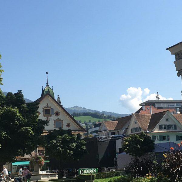 Kurzurlaub in Dornbirn Vorarlberg 😁 #holiday #mountain #honey #lifestyle #multiinvest #goforgold #goldinvest Vienna ...