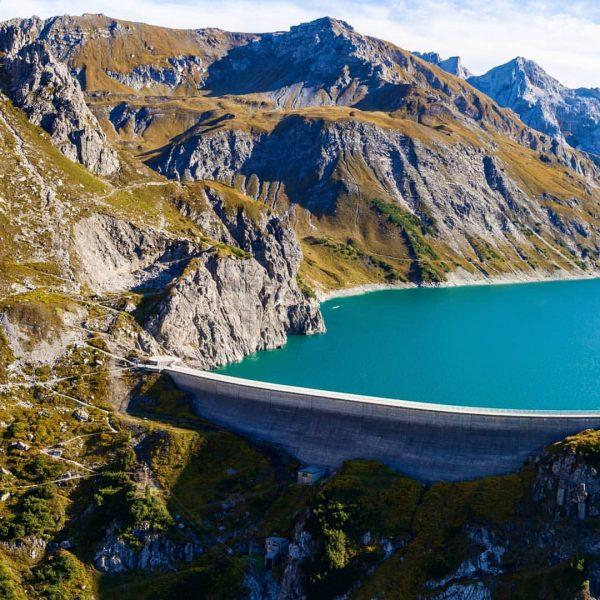 Lünersee 🗻 #lünersee #vorarlberg #visitvorarlberg #mountain #mountainlovers #berg #bergwelten #alpen #beutifulnature #picoftheday #skypixel #skypixelphotocontest #drone #airpixels #droneoftheday...