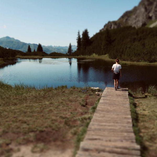 ⛰ 🌊 . - #visitvorarlberg #wiegensee #montafon #austria #dope #bergliebe #naturelover #naturelove #see ...