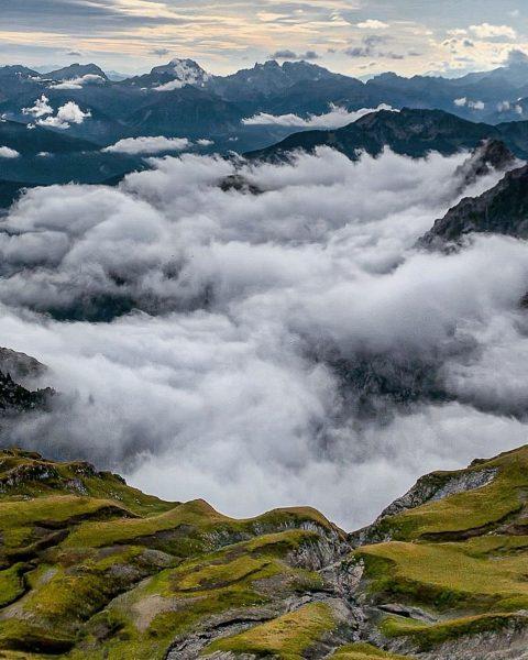 Autumn vibes😍🍁🌤• #austria #österreich #vorarlberg #planetearth #neverstopexploring #naturephotography #landscapephotography #outdoorphotography #mountainlove #alps #alpinism ...