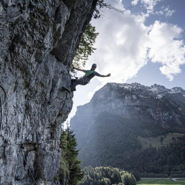 ~Feeling Free~ ~ ~ ~ #Klettersteig #Austria #mellau #Kraxeln #explore #Friends #sun #clouds ...