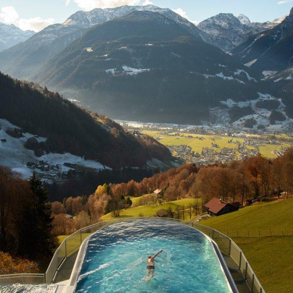 Ankommen – eintauchen – wohlfühlen🤩💦 #fernblickmoments #fernblickmontafon #Wellness #spa #hotel #hotels #skypool #infinitypool ...