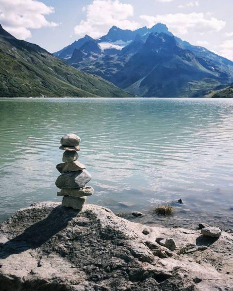 ...just relax... . . #vorarlberg #silvretta #silvrettahochalpenstrasse #silvrettamontafon #silvrettastausee #stausee #vorarlbergwandern #visitvorarlberg #vorarlberg❤️ ...