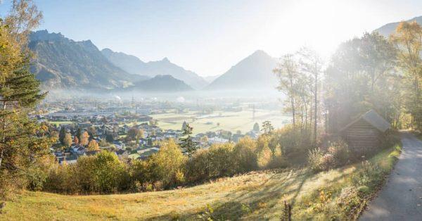 Der goldene Herbst neigt sich dem Ende... 🍁☀️ #bürs #schass #herbst #ländle #vorarlberg ...