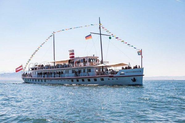 Eine Schifffahrt auf dem Bodensee ist nicht nur im Sommer schön, auch im ...