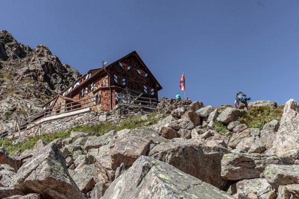 04.09.2019 // Silvrettarunde . Pünktlich zum Mittagessen sind wir an der Saarbrücker Hütte ...