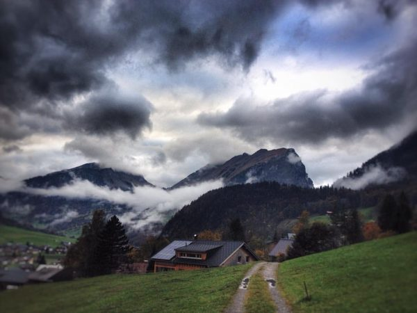 #kanisfluh #au #bregenzerwald #räucherwanderung #holdamoos #cloudsession_ #clouds_of_our_world #meinvorarlberg #nature #nature_brilliance #bestnatureshot #bns_sky #bns_earth ...